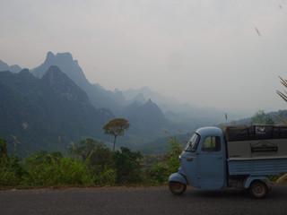 Une journée de route dans les montagnes laotiennes