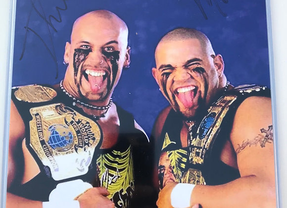 "PPW AUTHENTIC AUTOGRAPH ""THE HEADBANGERS"""