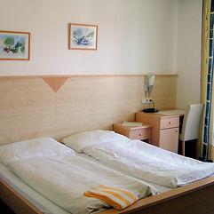 Zimmer_1_Gästehaus.jpg