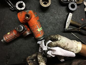 บริการซ่อมเครื่องมือลม