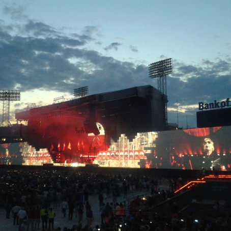 Rogers Waters, The Wall Live: July 1st, 2012 - Fenway Park, Boston, Massachusetts, USA