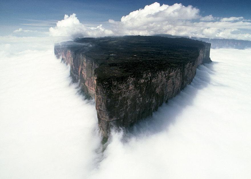 Mount Roraima, Venezuela   mercytrip.com