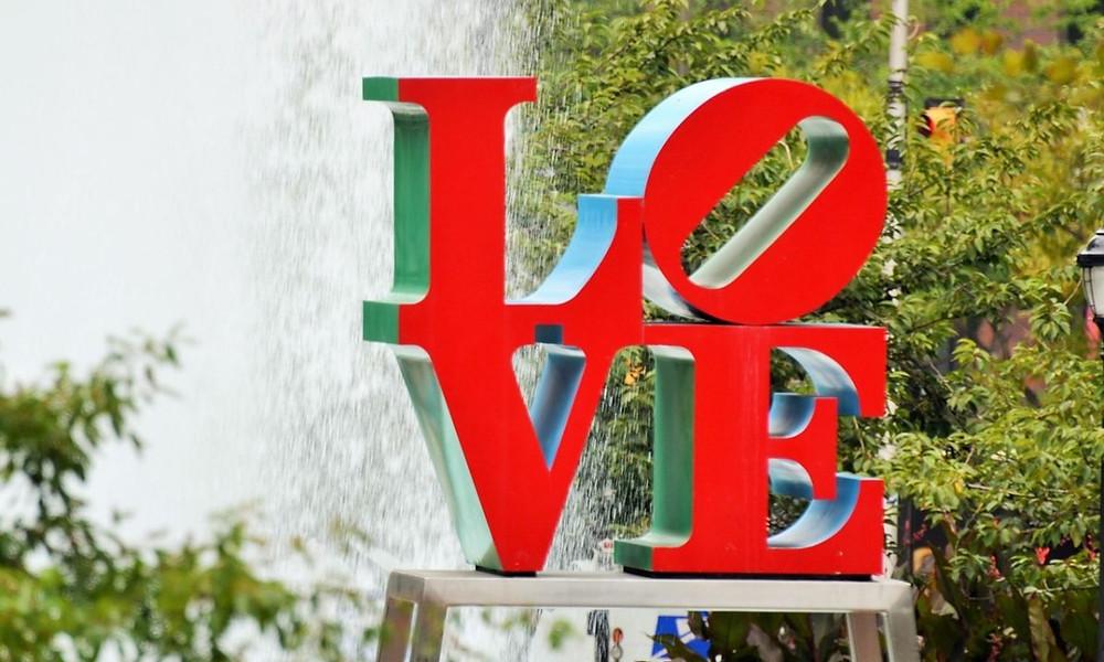 Valentine's Day Getaways at PHILADELPHIA    MERCYTRIP.COM