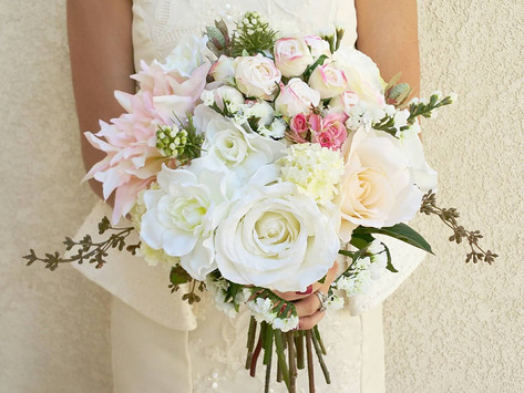 Why Artificial Flowers Make the Best Wedding Flowers