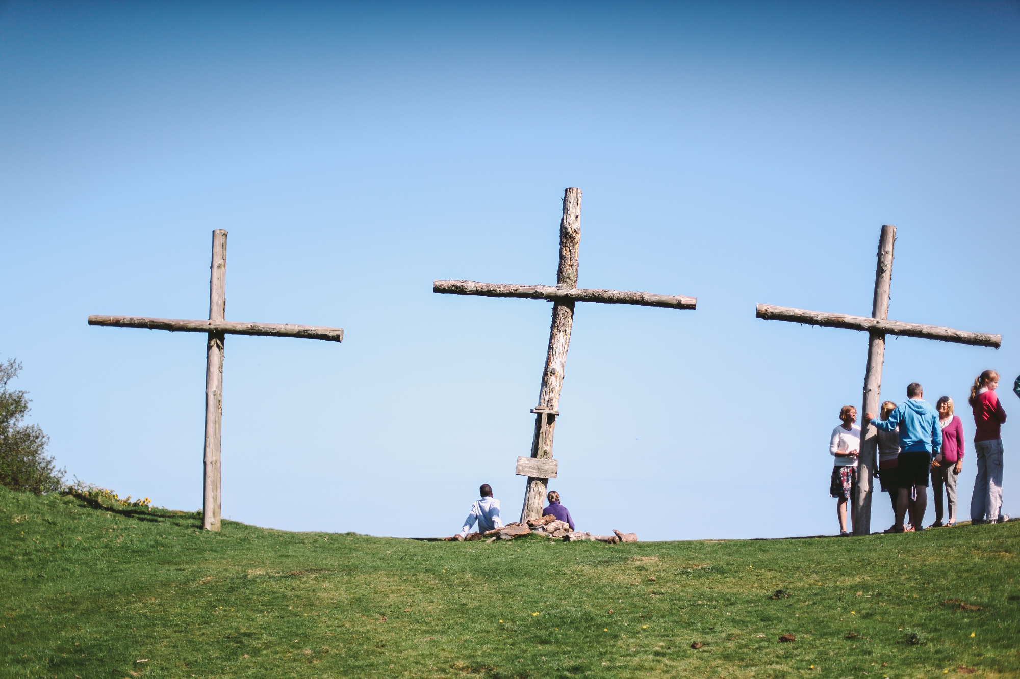 A short walk to the crosses