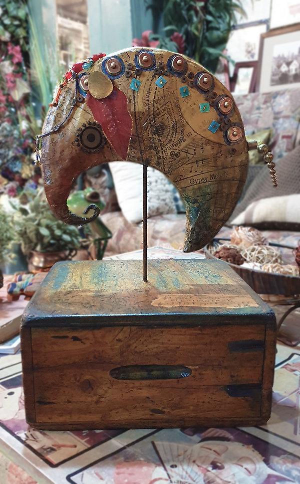 Elephantasy_01.jpg