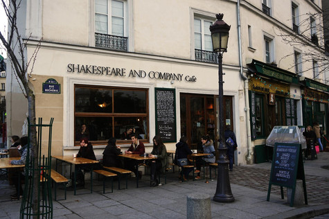 Paris the Series: Shakespeare and Co.