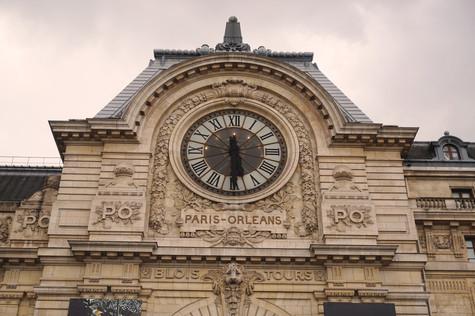 Paris the Series