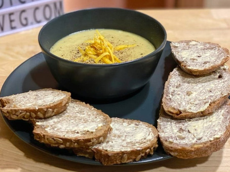 Creamy Vegan Baked Potato Soup 🍵🥔