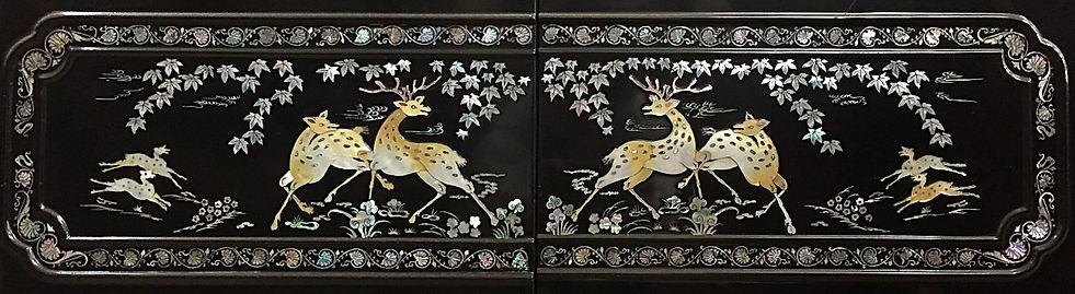 螺鈿細工の箪笥 鹿の装飾