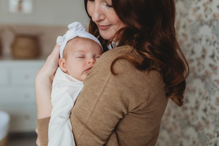 Relaxed Newborn Photographer Southampton