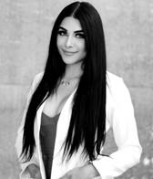 Dr. Elizabeth Robledo