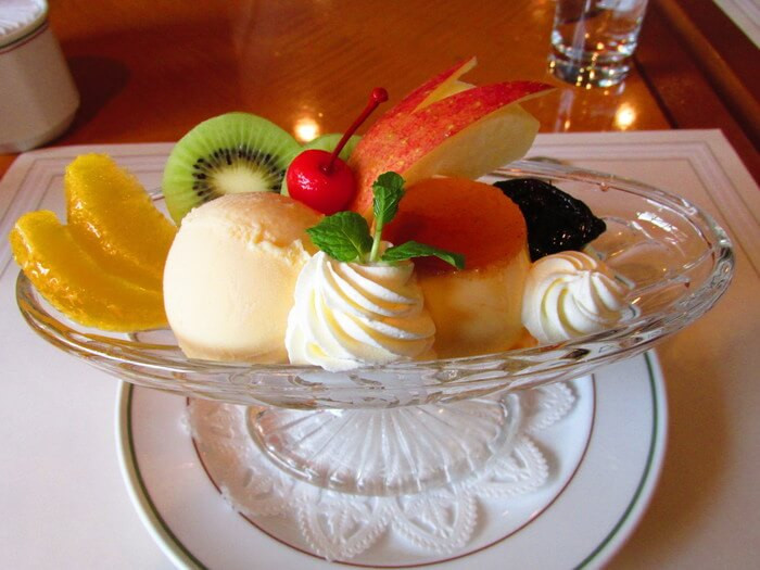 Purin a la mode at Yokohama New Grand Hotel - courtesy of Tabelog