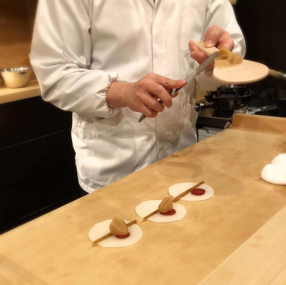 Making of hanabira mochi @ Kashiya