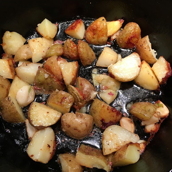 Roasted Potatoes in Pan Drippings