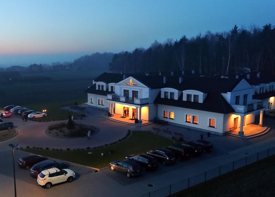 dron-dworek-jedlina-jawiszowice-sala weselna