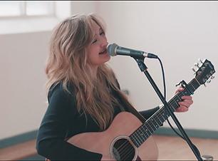 sian-acoustic-wedding-singer-yorkshire-s