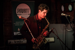 showbott-entertainment-wedding-music-showcase-leeds-josh-on-sax