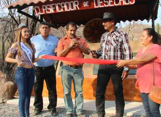 La Llave de la Ciudad/The Key of the City