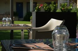 Table-de-terrasse-Capricorne