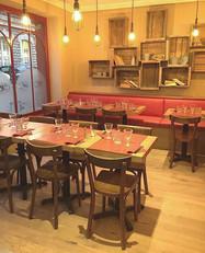 Salle intérieure de la pizzeria Maestro