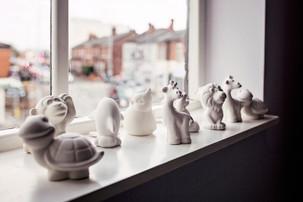 Brooklyn_Pottery_Party_Animals_window.jp