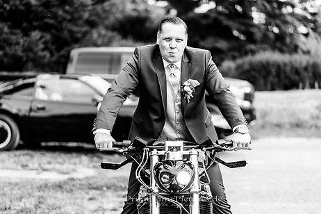 Hochzeitsfotograf Harz Bikerhochzeit Motorrad