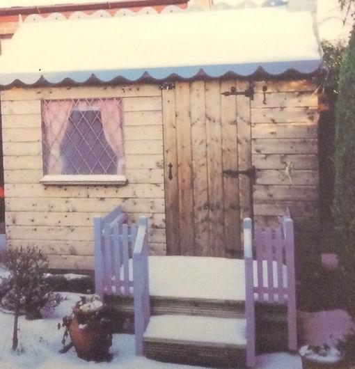 Wendy house 2.jpg