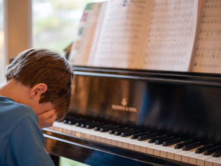 How do I help my child with practice in between music lessons?