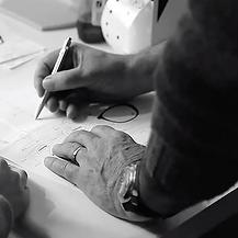 Design de lunettes chez MB Production, fabricant lunettes Nantes