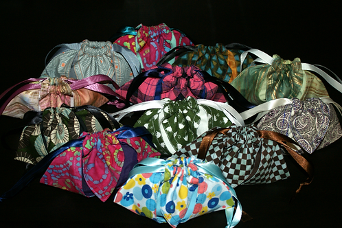 Patterned dice bags