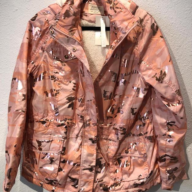 Fleece Lined Shiny Pink Camo Jacket $29