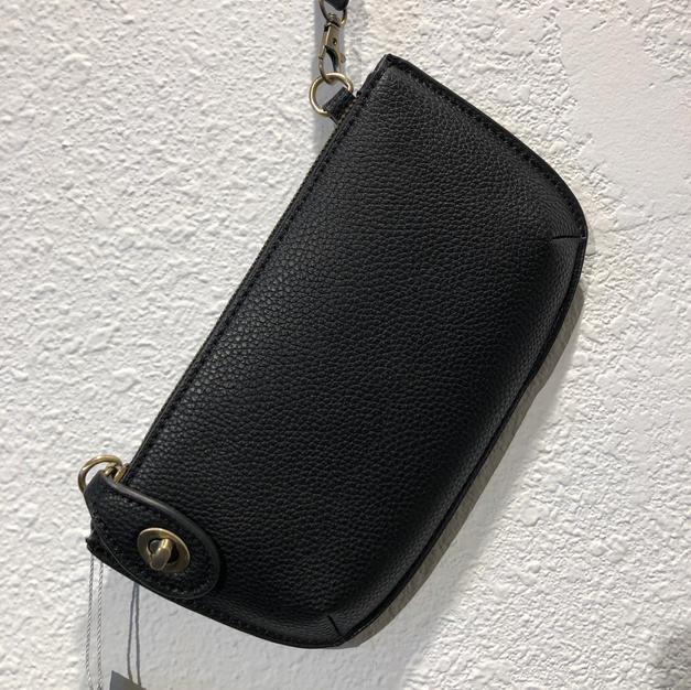 Black Clutch $32
