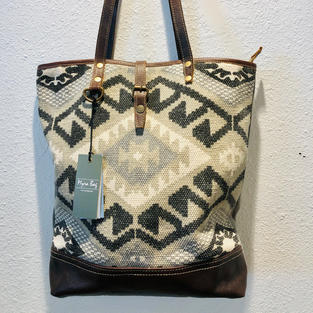 Myra Medium Shoulder Bag $65