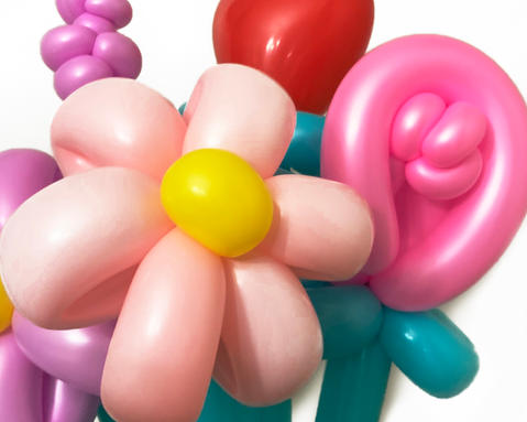 new balloon arangement2.jpg