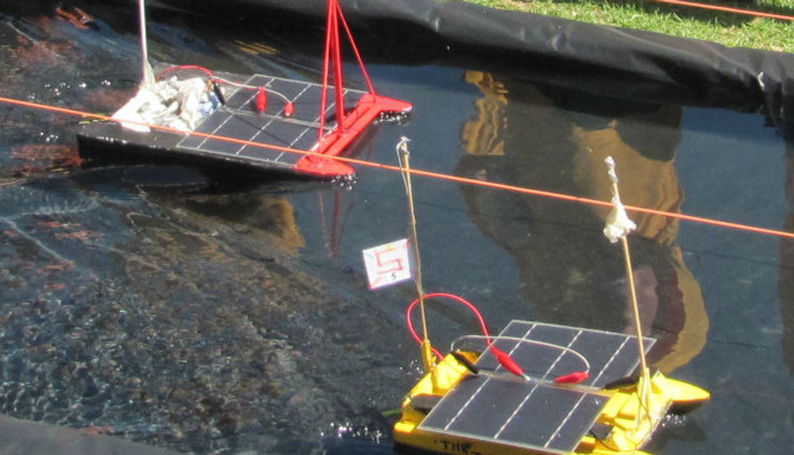 Solar-boat-3.jpg
