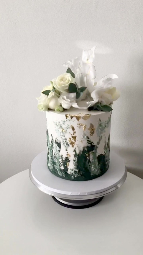 Textured Buttercream and Wafer Paper Sail