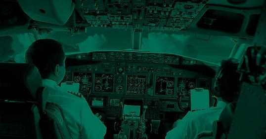 samolet-kabina-piloty-nebo.jpg