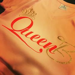 #queenb #glitter #flock #custommade #customgarments #anythingpossible #tshirtdesign #gimmeatee #beau
