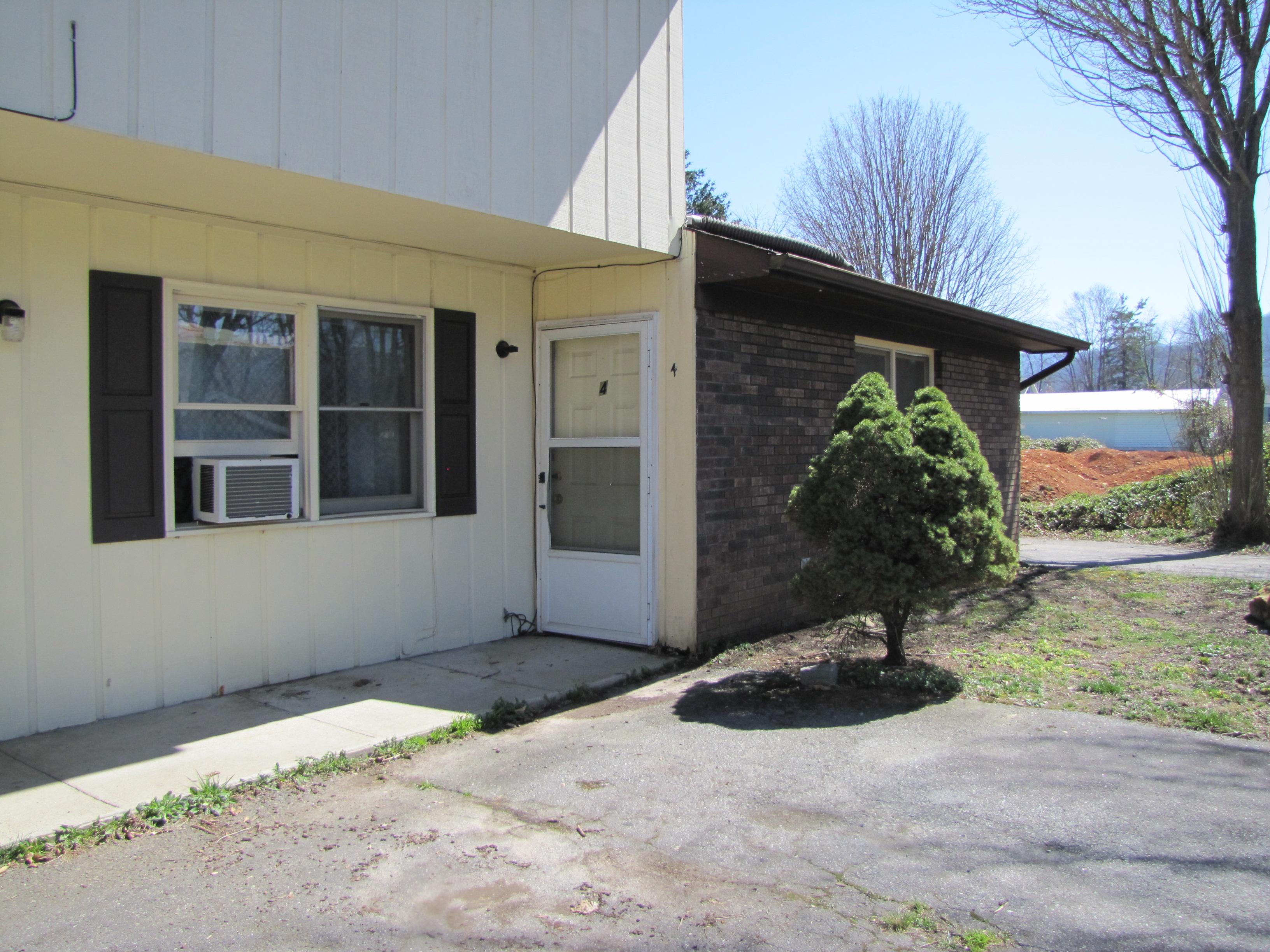 427 Georgia Avenue, #4, Waynesville