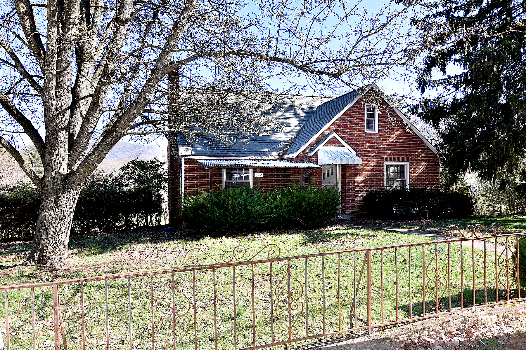 612 Dellwood Road - Waynesville