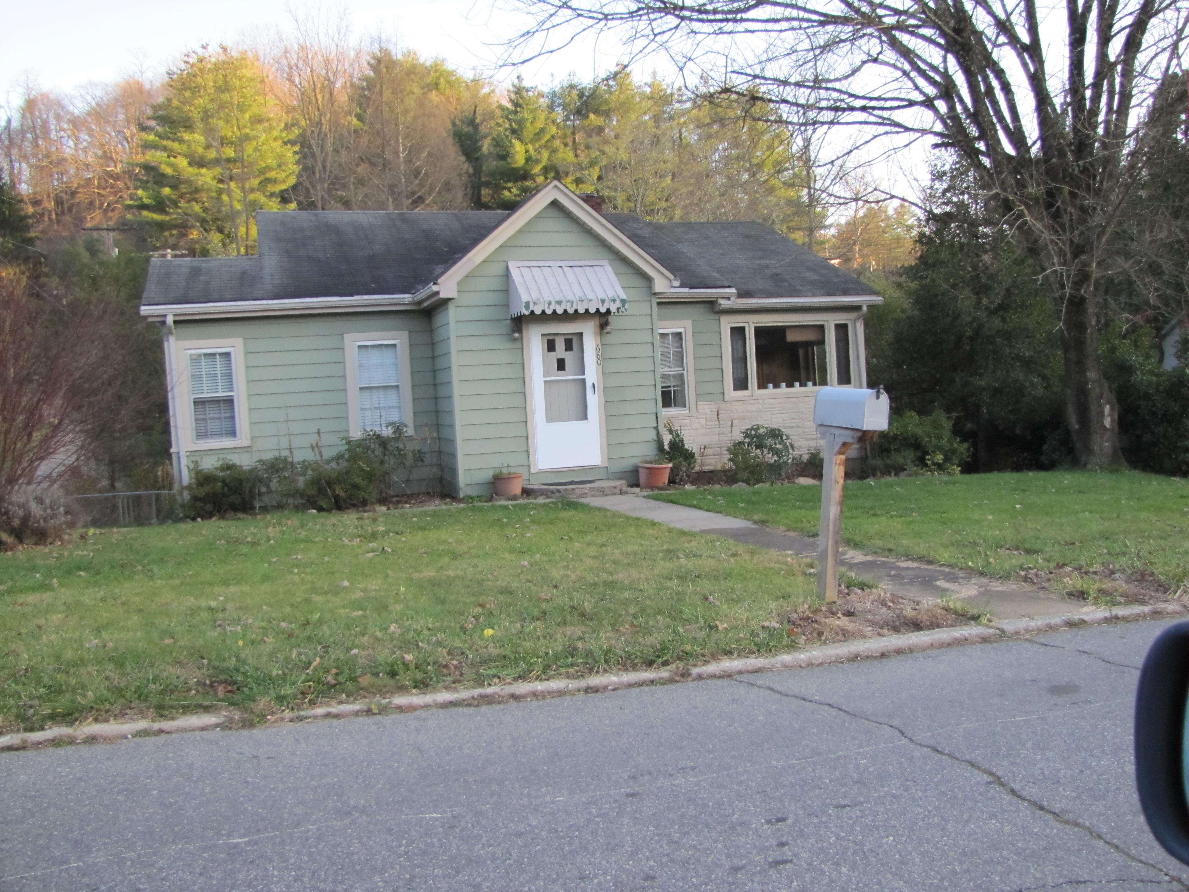 680 East Street, Waynesville