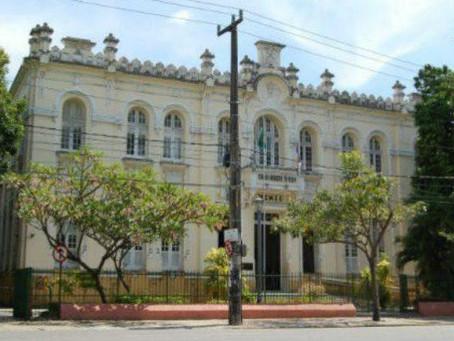 Vereadores do Recife aumentam próprio vale-alimentação para R$ 3.450