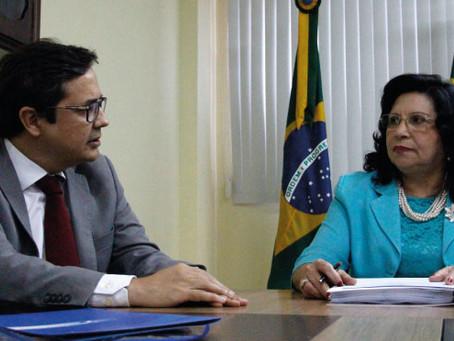 TCE do Ceará entrega ao TRE lista com mais de 3.500 gestores que tiveram contas desaprovadas