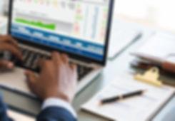 accounting-alone-analysis-938963.jpg