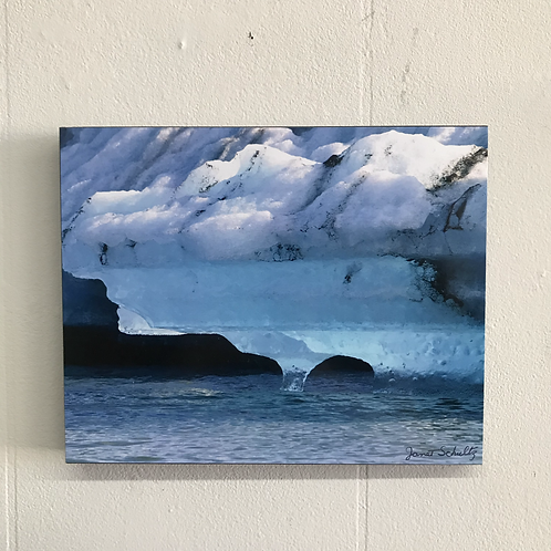 Hues of an Iceberg