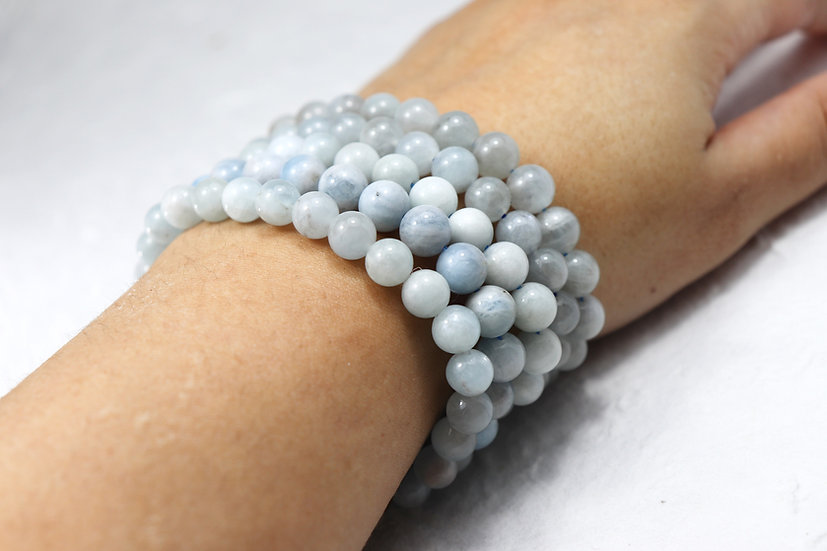 Aquamarine steinarmbånd - Stone for expression and flow. Mix kvalitet.