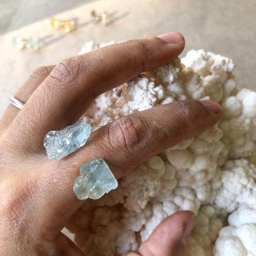 Dobbelring aquamarine with stone
