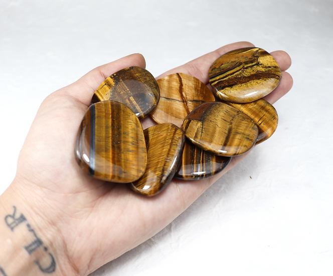 Tiger eye tumbled. Pocketstone - Stone of balance and anti anxiety.  Big size