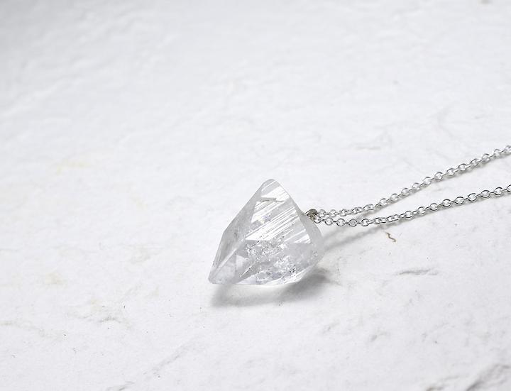 Apophyllite silver necklace - 75 cm